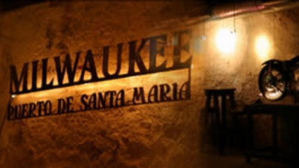 Sala milwaukee jazz el puerto de santa mar a for Sala milwaukee