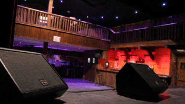 Salas de conciertos en sevilla for Sala obbio sevilla